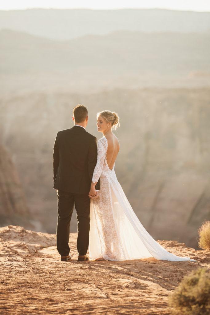intimate horseshoe bend wedding