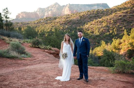 sedona wedding red rocks at sunset