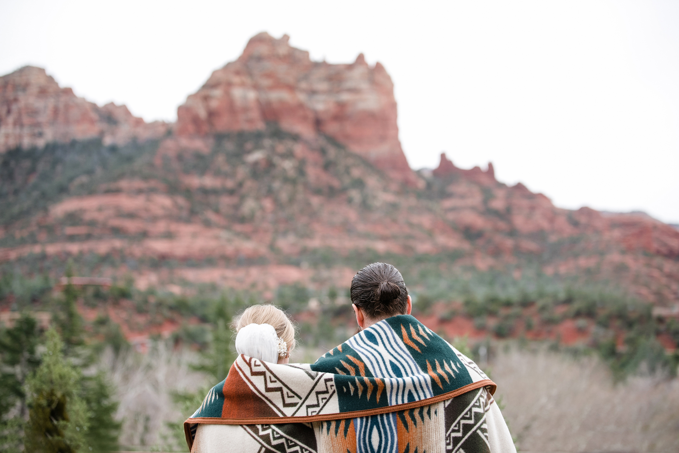 Beautiful Winter Wedding at L'Auberge de Sedona